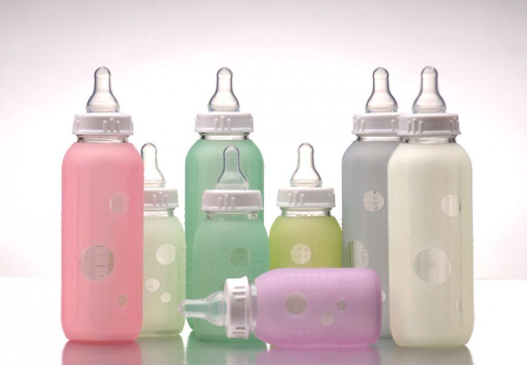 Стерилизация бутылочки для новорожденного