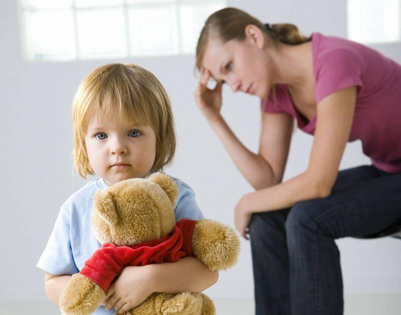 Как родителям бороться с застенчивостью у ребенка?