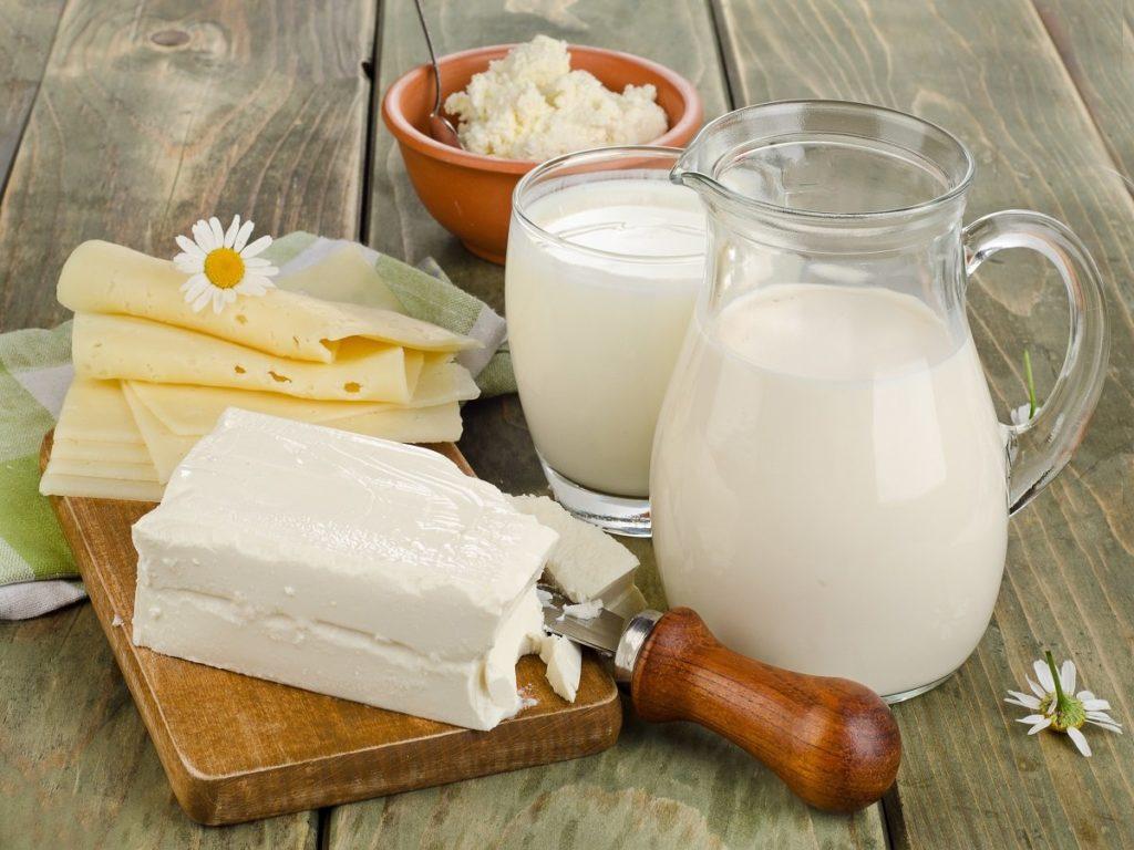 Молочные продукты важны для детей