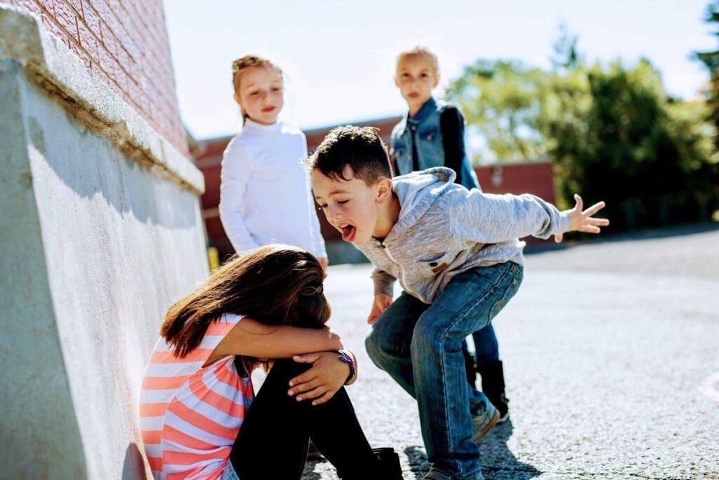 Ревность ребенка к сверстникам и друзьям