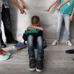 Буллинг. 7 признаков того, что над вашим ребенком издеваются