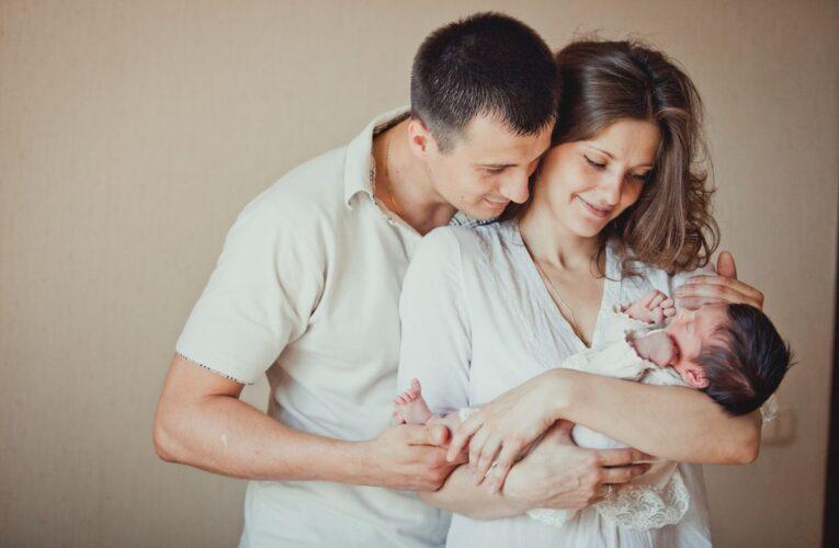 Родился ребенок: 8 вопросов окружающих