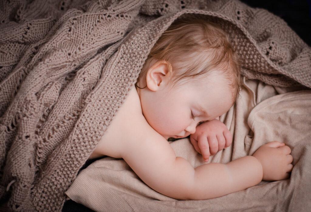 Потоотделение у маленьких детей – это привычное явление