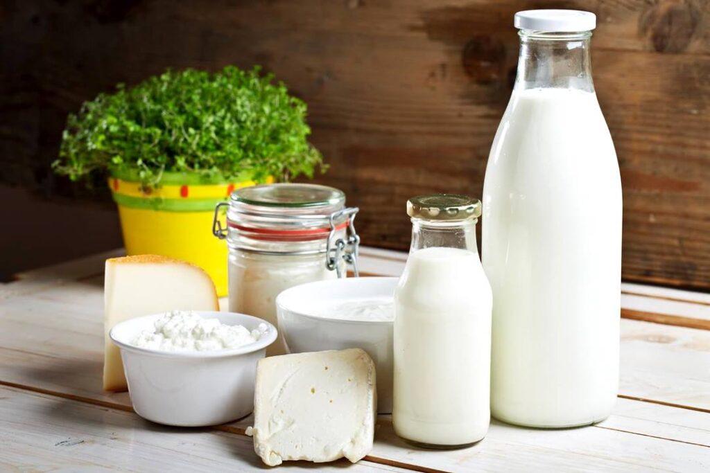 Творог, кефир, йогурт и молоко