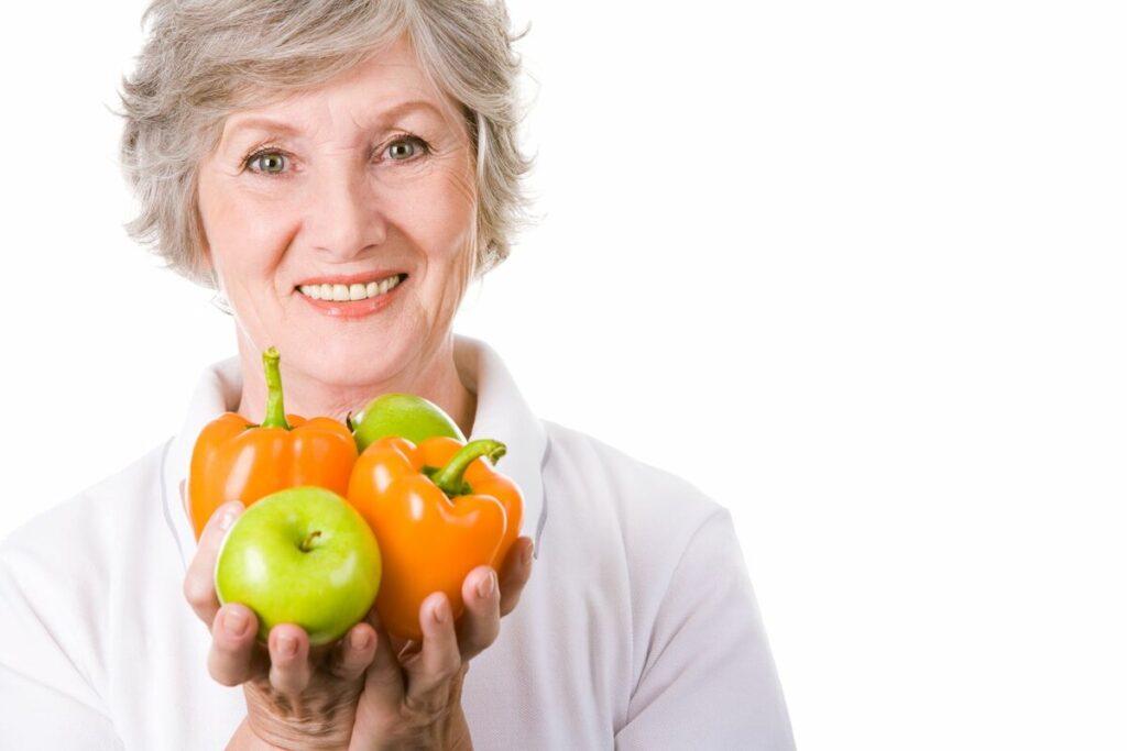 Правильный рацион питания для женщины после 60 лет